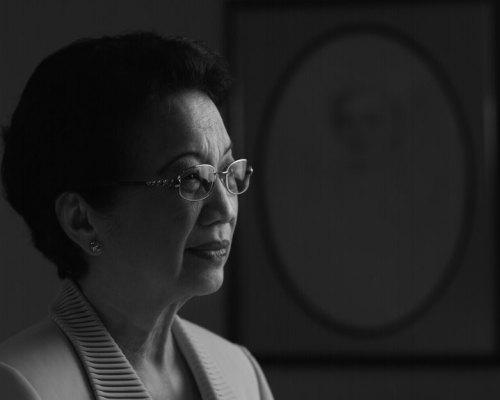 Mom drew strength from Corazon Aquino after her near fatal car accident.