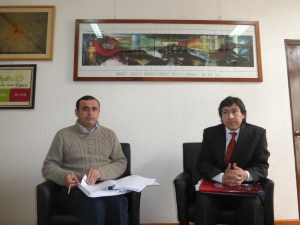 Mario Gebauer, left, and Carlo Gutierrez, right, of Melipilla municipality.